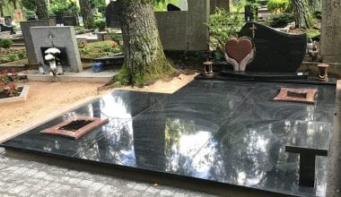 Гранитные плиты для могил - 25